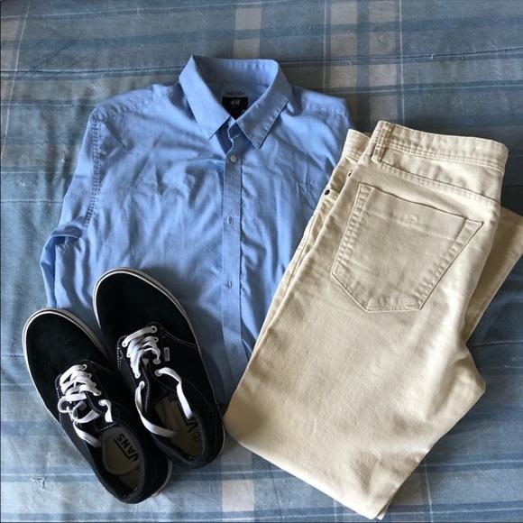 H&M Other - H&M Slim Fit Classic Blue Button-Up Dress Shirt